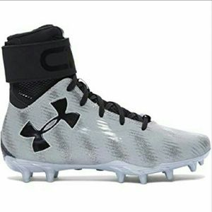 🎉NWOT Under Armour | Junior Football Cleats